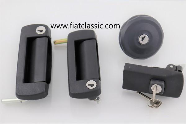 Set di serrature con chiave (sinistra/destra, serbatoio, motore) Fiat 126 (1a e 2a serie)