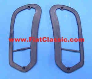 Rubber underlay taillight right/left Fiat 600