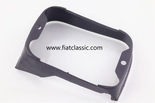 Frame voor koplampen links/rechts Fiat 126