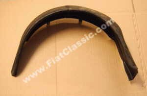Wheel arch front left Fiat 126